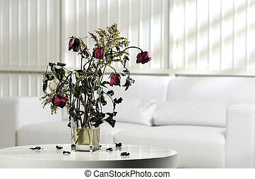 dead flowers - Photography scenario with vase of dead ...