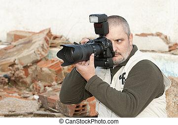 photojournaliste, working.