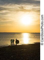photoshoot, a, tramonto, spiaggia