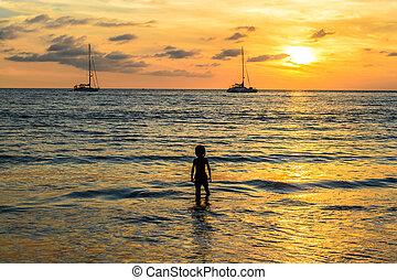 phuket , layan, ηλιοβασίλεμα , σιάμ , παραλία