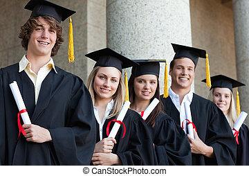 piątka, absolwenci, studenci, przedstawianie, szczelnie-do góry