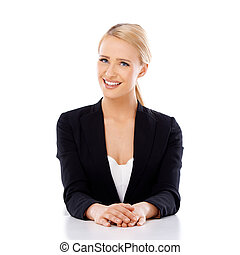piękna kobieta, handlowy, posiedzenie, biurko, uśmiechanie...