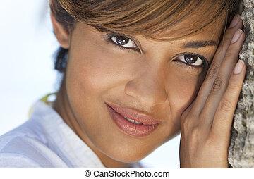 piękna kobieta, hawajczyk
