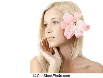 piękna kobieta, młody, kwiat, blondynka, lilia