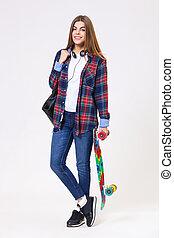 piękna kobieta, skateboard, młody, odizolowany, tło., biały