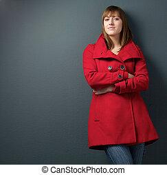 piękna kobieta, w, czerwona zimowa marynarka