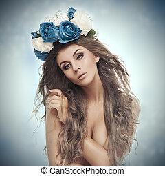 piękna kobieta, z, kwiat, wreath.