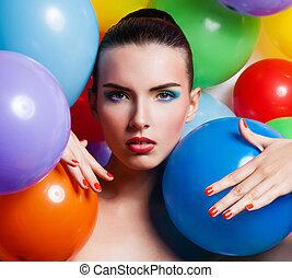 piękno, dziewczyna, portret, z, barwny, makijaż, paznokieć froterują, i, accessories., barwny, studio spłynęło, od, zabawny, woman., żywy, colors.