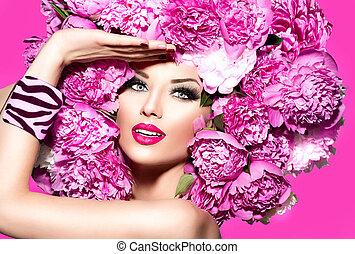 piękno, fason modelują, dziewczyna, z, różowy, piwonia, fryzura
