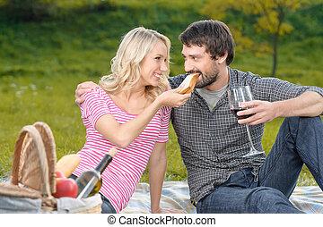 piękny, żywieniowy, sandwicz, piknik, jej, młody, najbardziej, kobieta, hungry?, sympatia