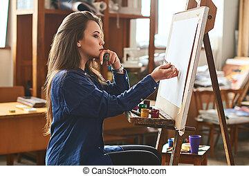 piękny, artysta, myślenie, ustalać, idea, młoda dziewczyna, samica, dzieło, gotowy, nowy, brushstroke, malarz, pierwszy