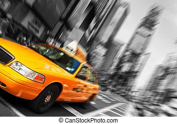 piękny, czarnoskóry i biały, miasto nowego yorku, czas trwania plac, żółta taksówka, ruch, blur., wszystko, logo, i, trademarks, czas teraźniejszy czasownika be, zamazany, na zewnątrz.