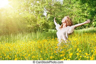 piękny, dziewczyna, cieszący się, przedimek określony przed rzeczownikami, lato, słońce