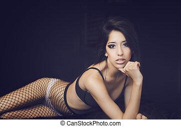 piękny, egzotyczny, młoda kobieta, w, fis