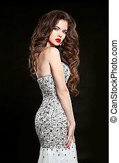 piękny, elegancki, kobieta, w, fason, strój, odizolowany, na, czarnoskóry, tło., makeup., piękno, brunetka, girl., zdrowy, długi, hair.