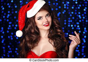 piękny, fason, na, uśmiechnięta dziewczyna, błękitny, card., faktyczny, tło., pociągający, partyjny kapelusz, boże narodzenie, czerwony, szczęśliwa kobieta, ręka, studio, święty, utrzymywać, lekki, usteczka, portrait.