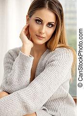 piękny, i, sexy, kobieta, w, sweter