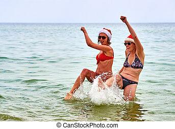piękny, kapelusz, dziewczyny, dwa, święty, plaża, boże narodzenie