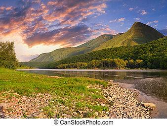piękny, lato, góry, river., wschód słońca, krajobraz