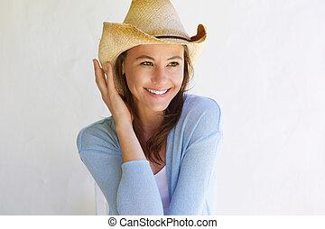 piękny, młoda kobieta, z, kapelusz, uśmiechanie się