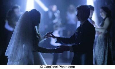 piękny, młody, panna młoda, i, niejaki, szambelan królewski, taniec, w, ich, ślub, ceremony.