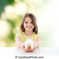 piękny, mały, dom, papier, dzierżawa, dziewczyna, cutout