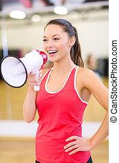 piękny, megafon, sala gimnastyczna, kobieta, sporty