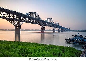 piękny, most, zmierzch, jiujiang, yangtze rzeka
