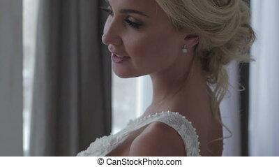 piękny, panna młoda, przedstawianie, w, jej, poślubny strój