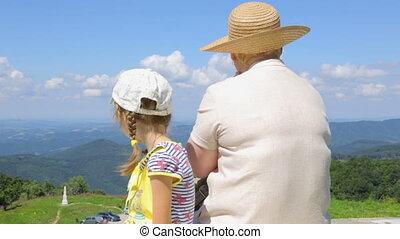 piękny, podziwiać, góra, dziecko, kobieta, prospekt