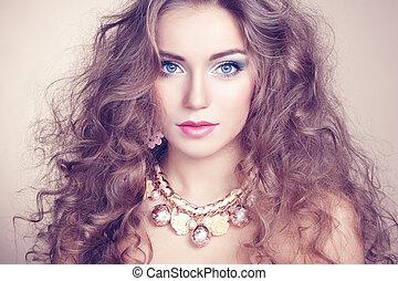 piękny, portret, kobieta, biżuteria, młody