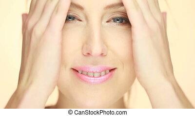 piękny, portret, uśmiechnięta kobieta