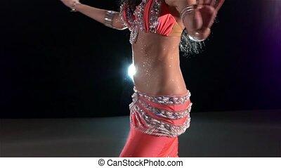 piękny, powolny, tułów, młody, lekki, wstecz, ruch, tancerz, brzuch, czarnoskóry, dziewczyna, błyszczący