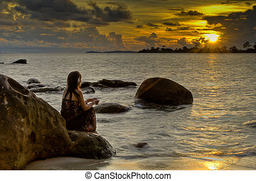 piękny, tropikalna kobieta, zachód słońca, oglądając