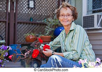 pianta, donna, anziano, conservato vaso