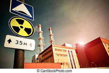 pianta potenza nucleare, con, radioattività, segno