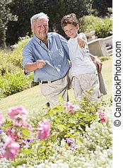 piante, giardino, indicare, nipote, nonno, fuori