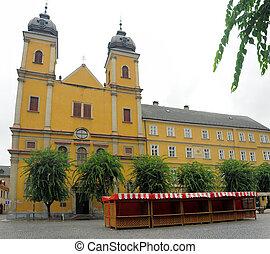 Piaristicky kostol sv. Frantiska Xavarskeho - Piaristic...
