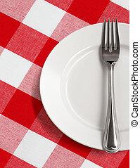 piastra bianca, e, forchetta, su, tavola, con, rosso, controllato, tovaglia