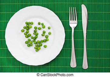 piastra, piselli verdi, servito