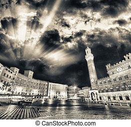 Piazza del Campo at sunset, Siena, Tuscany - Italy
