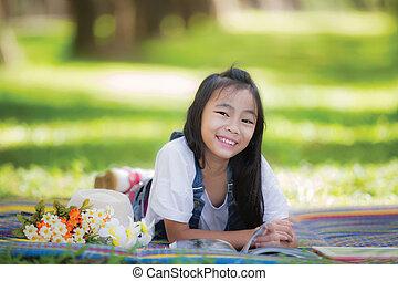 piccola ragazza, divertente, asiatico