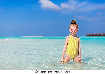 piccola ragazza, vacanza