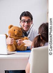 piccola ragazza, visitare, dottore, per, regolare, check-up