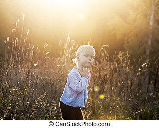 piccolo bambino, in, il, campo