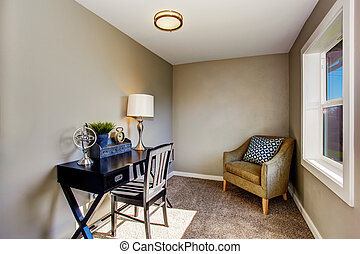 Piccolo Ufficio In Casa : Piccolo ufficio casa marrone mobilia ufficio poltrona foto