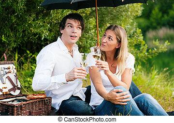 picknick, in de regen, met, wijntje