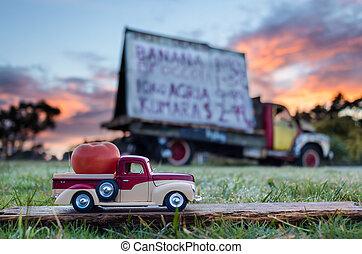 Pickup Truck Tomato