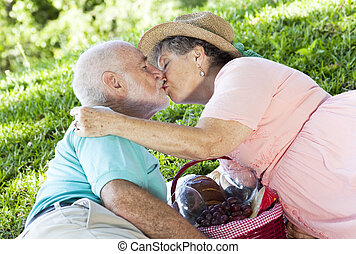 Picnic Seniors Smooch