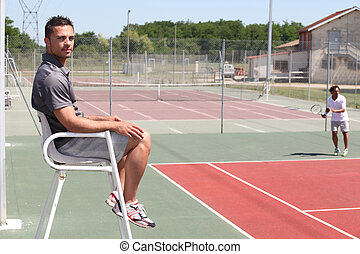 picture of a tennis court